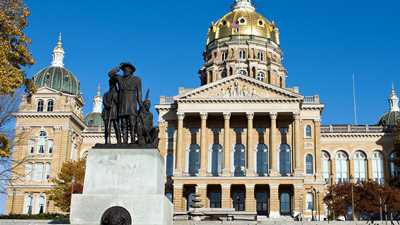 Iowa: General Assembly Adjourns Sine Die