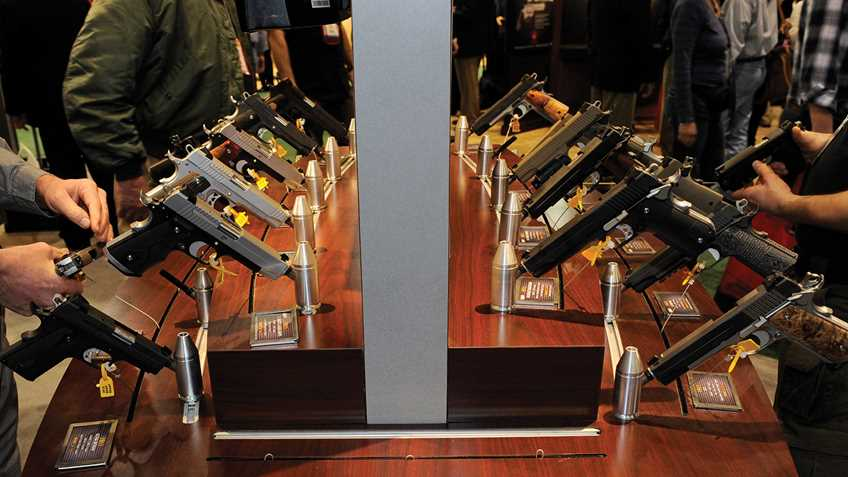 Illinois: Senate Attempting to Revive Extreme Gun Dealer Licensing Legislation