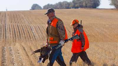 Iowa: Apprentice Hunting Bill Signed into Law by Governor Branstad