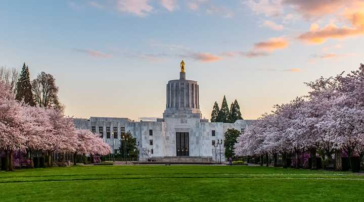 Oregon: Legislature Adjourns Sine Die