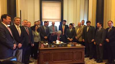 Mississippi: Gov. Phil Bryant Signs NRA-Backed Permitless Carry Bill & Other Pro-Second Amendment Measures into Law!