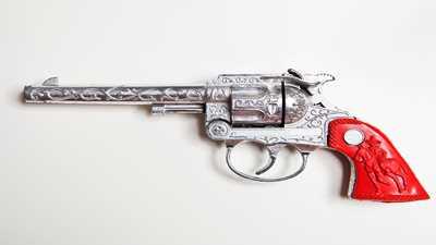 Phoenix City Officials Shoot Down Western-Themed Amusement Featuring Fake Guns